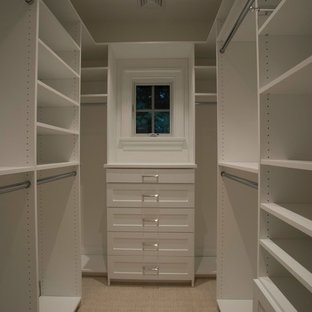 75 Beautiful Small Walk-In Closet Pictures & Ideas | Hou