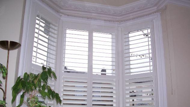 White wooden Venetian blinds for our bay windows? | White wooden .