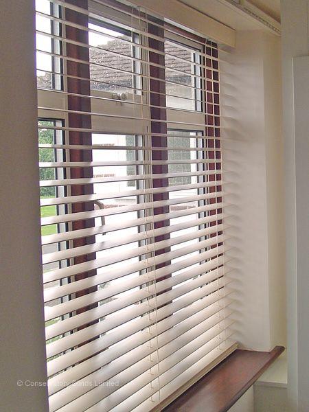 BLIVETAN.COM: WOODEN VENETIAN BLINDS WHITE - IKEA - LINDMON .