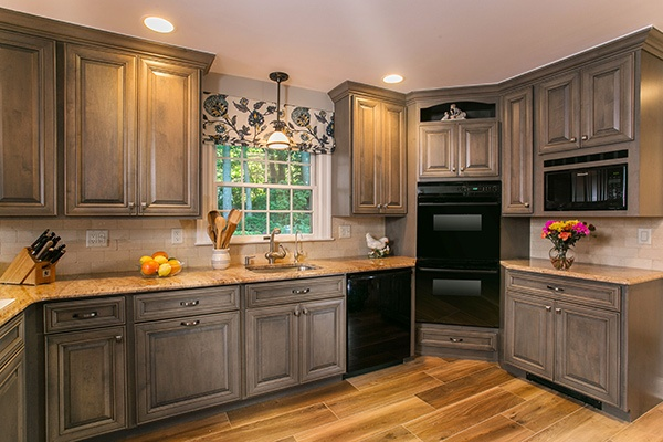 The Difference Between Cabinet-Grade & Furniture-Grade Wood Cabine