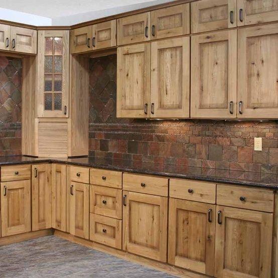 Gorgeous kitchen   Rustic farmhouse kitchen, Barn wood cabinets .