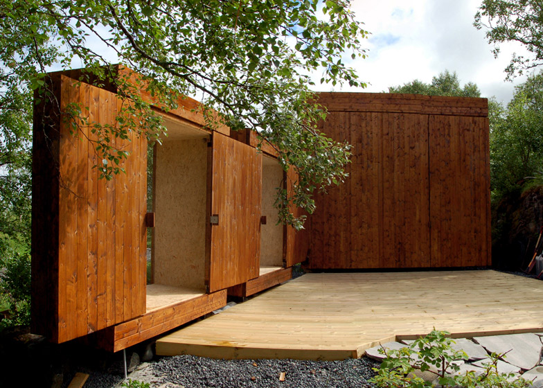 Wooden sheds by Rever & Drage featuring a retractable ro