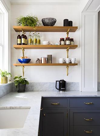 Corner kitchen shelf ideas