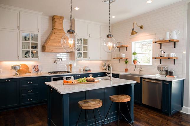 Interior design spring trends navy blue kitchen