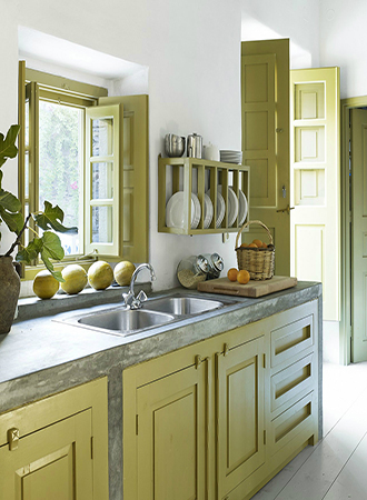 Interior design spring trends colored cabinets