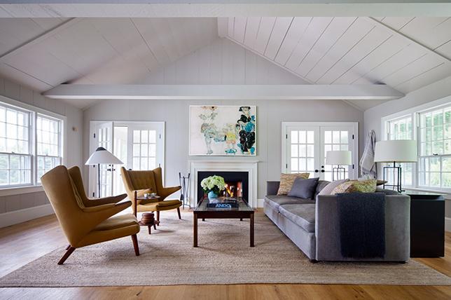 Interior design spring trends curved furniture