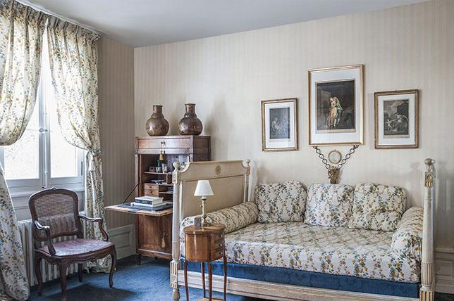 traditional-bedroom-wall-art-ideas