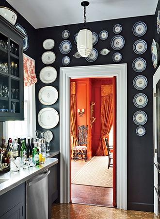 Black and white interior design color combinations