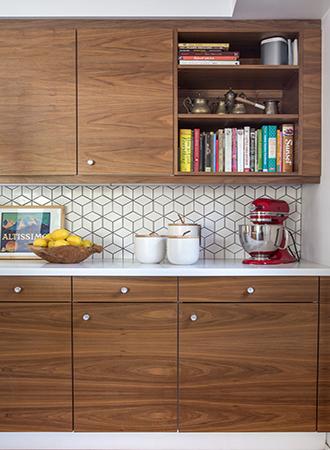 Mid-century modern kitchen tiles
