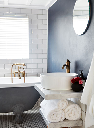 Accent wall bathroom paint colors