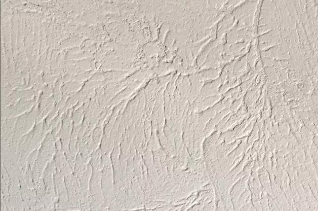 Crow's feet wall texture ideas