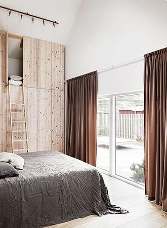 Ceiling bedroom storage ideas