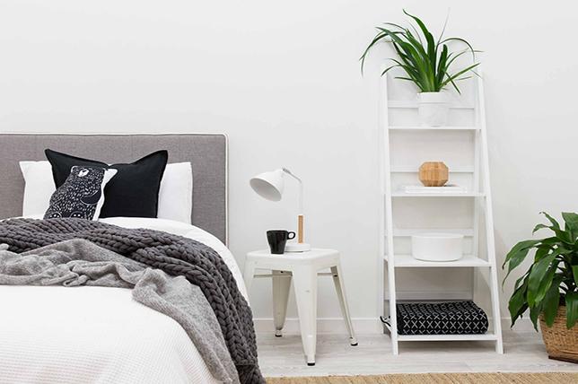 Head bedroom storage ideas