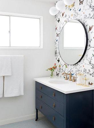 black and white bathroom wallpaper ideas