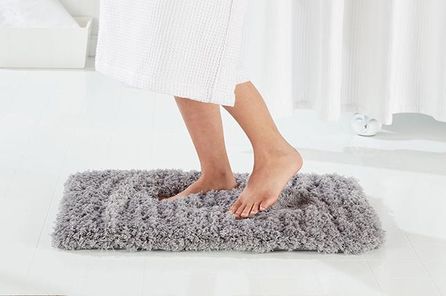 Winterhaus Essentials bath mat