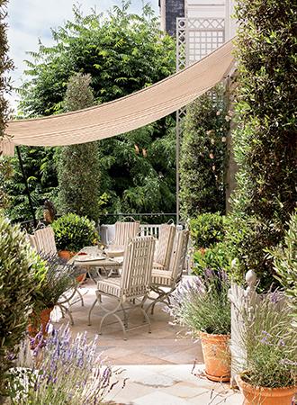 Town small garden ideas