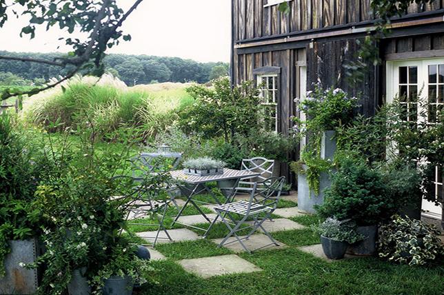 romantic little garden ideas