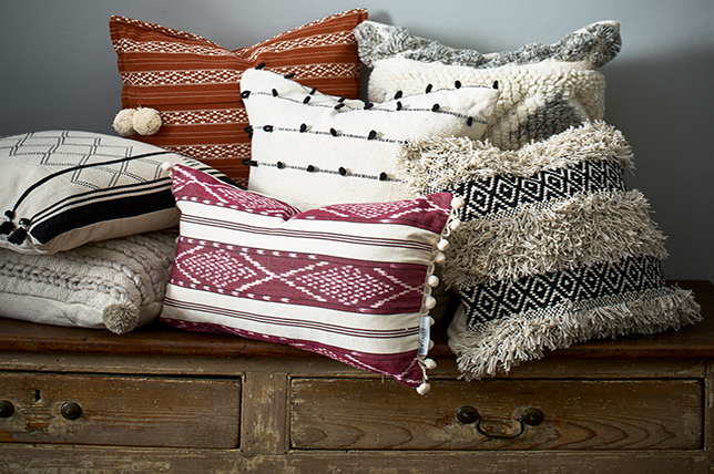 versatile decorative pillows 2019