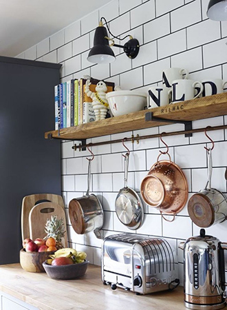 modern farmhouse kitchen ideas hanging pots and pans