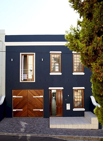 blue and white house exterior colors