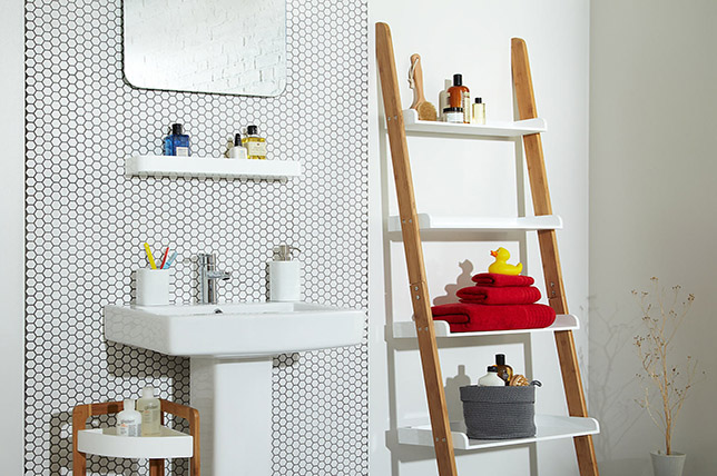modern bathroom shelves