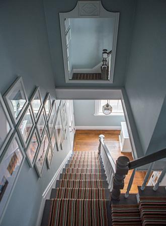 Mirror niche staircase ideas