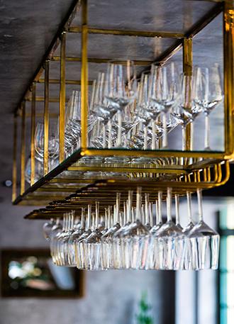 modern kitchen wall decoration wine glass display rack