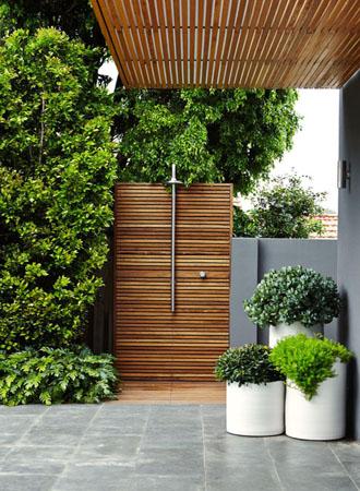 green outdoor shower ideas