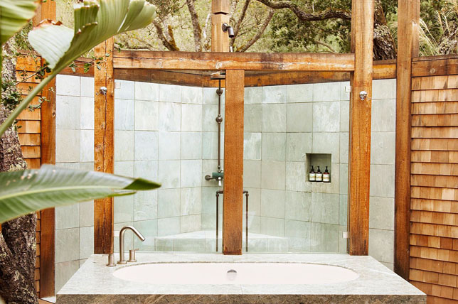 Shower and tub outdoor shower ideas
