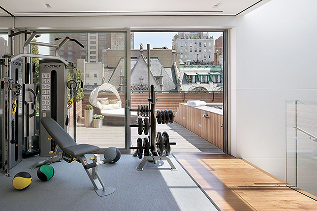 Renovation of the fitness room in the basement