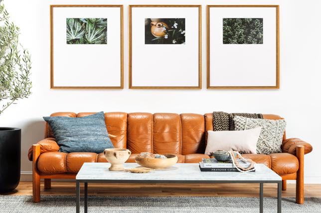 Gold frame living room wall decor ideas