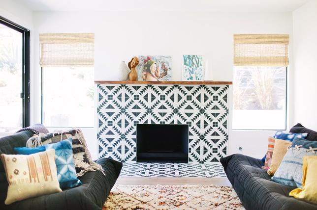 unique fireplace living room wall decor ideas