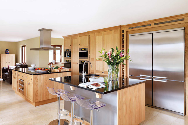 Ideas for modern kitchen cabinets made of wood