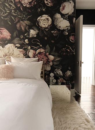 dark flowers bedroom wallpaper ideas 2019