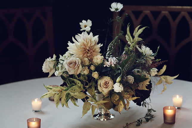 Christmas party decor tips flowers