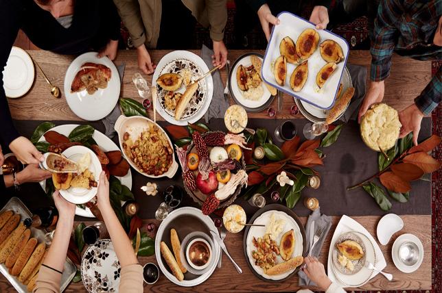 modern thanksgiving hosting ideas