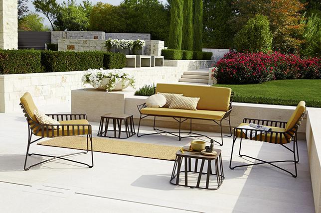 Color scheme for outdoor decoration