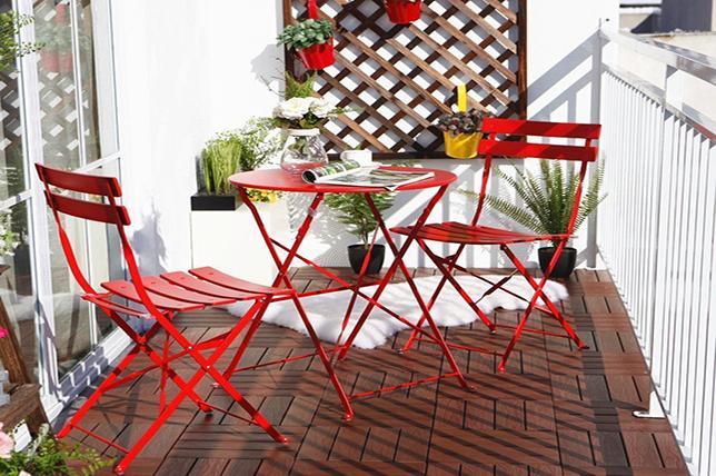Outdoor Garden Ideas modern bistro set