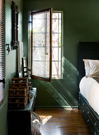 green bedroom colors