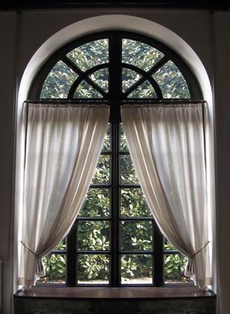 Window treatment ideas 2019 swing arm