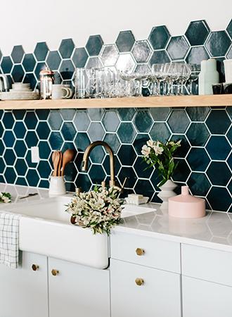 hexagonal kitchen recess