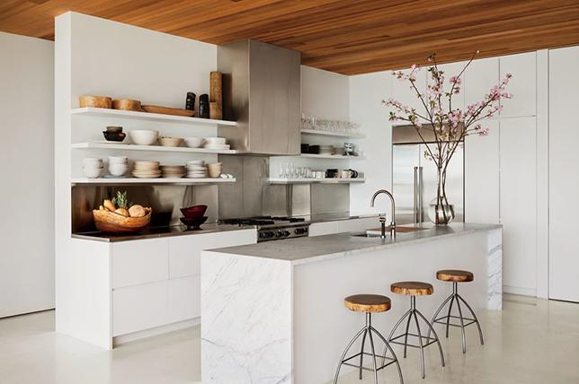 Kitchen backsplash ideas made of stainless steel
