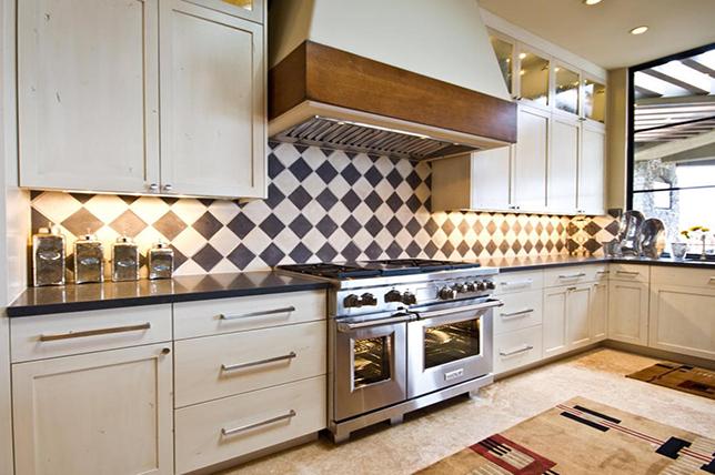 Harlequin kitchen backsplash