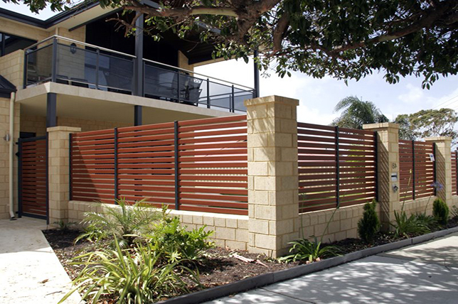 modern fence backyard ideas