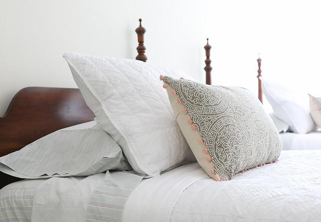 Pearl decorative pillows 2019