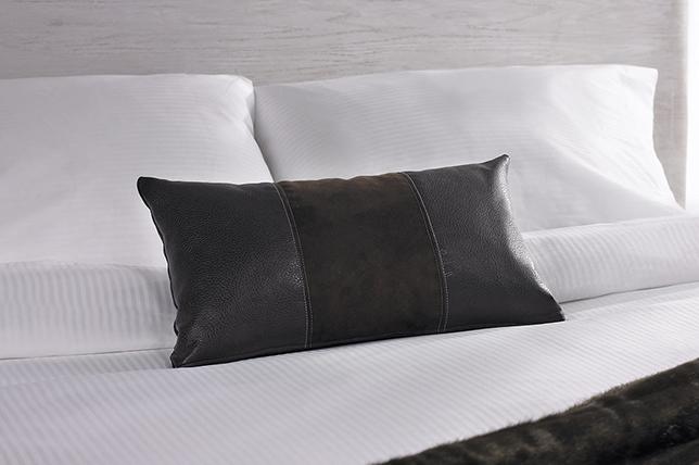 Leather decorative pillows 2019
