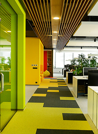 Summer decoration office ideas. Bright colors