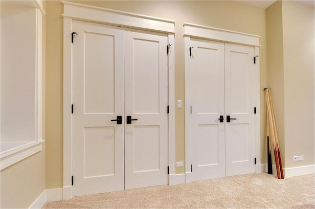 Bifold cabinet doors