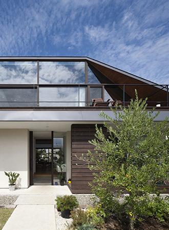 Jerkin roof types