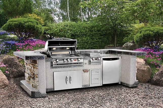 custom outdoor kitchen ideas